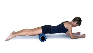Exercise your quadriceps with the rumble roller