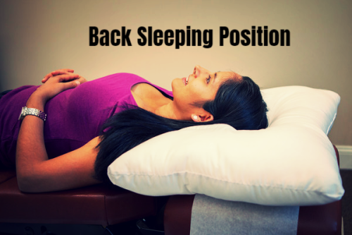 Sleeping on back with arc4life traction pillow