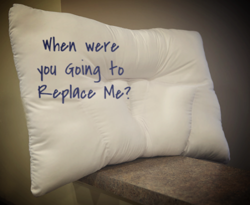 Arc4life traction pillow medium for chiropractic patients